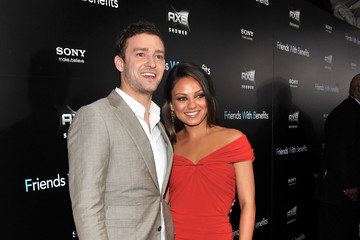 """Justin Timberlake Mila Kunis """"Friends With Benefits"""" New York Premiere - Inside Arrivals"""