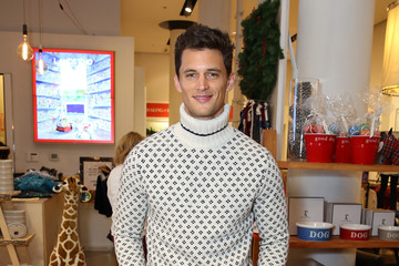 Garrett Neff Daily Front Row & Lands' End Holiday Celebration
