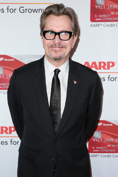 http://www2.pictures.zimbio.com/gi/Gary+Oldman+AARP+17th+Annual+Movies+Grownups+H08EvyrECEQl.jpg
