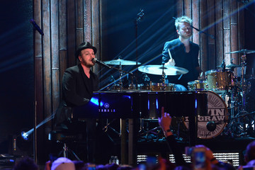 "Gavin Degraw VH1's ""Super Bowl Blitz: Six Nights + Six Concerts"" - New Jersey"