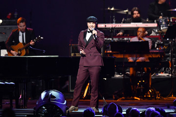Gavin Degraw 2020 MusiCares Person Of The Year Honoring Aerosmith - Show