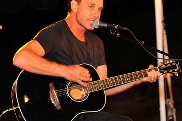 Gavin Rossdale BUSH Headlines VH1 Save The Music Foundation 2014 Noteworthy Concert At William Hill Estate Winery