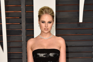 Genevieve Morton Arrivals at the Elton John AIDS Foundation Oscars Viewing Party — Part 5