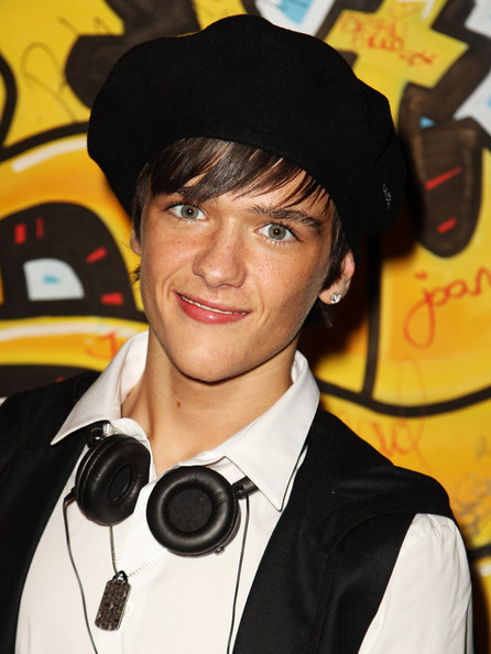 george sampson dancing. George Sampson - StreetDance