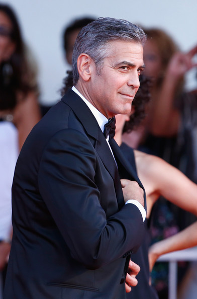 George Clooney and Sandra Bullock at the evening premiere of Gravity at Venice Film Festival George+Clooney+Gravity+Premieres+Venice+GRnBcQDAPbZl
