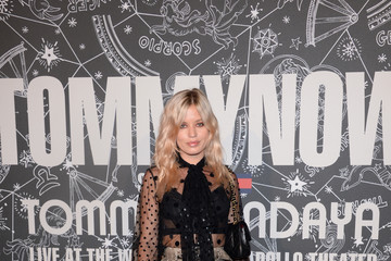 Georgia May Jagger TOMMYNOW New York Fall 2019 - Front Row And Atmosphere