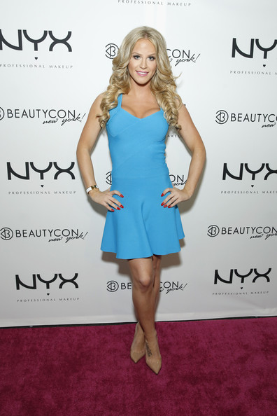 Gigi Gorgeous Pictures - NYX Cosmetics Talent Lounge At..