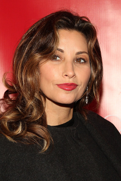 [Image: Gina+Gershon+Super+Bowl+XLVIII+Party+Hos...Ua10dl.jpg]