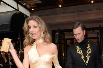 Gisele Bundchen The Mark Hotel Celebrates The 2018 Met Gala