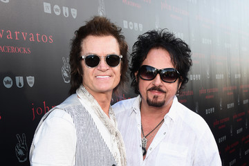 Glenn Hughes John Varvatos Celebrates International Day Of Peace With A Special Performance By Ringo Starr And An All Starr Band