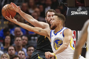 Kevin Love Stephen Curry Photos Photo
