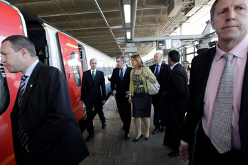 Lord Adonis Gordon Brown Takes Questions From The Public On His Election Tour