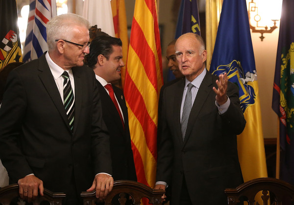 Governor Jerry Brown Signs Climate Change Agreement