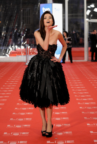 Spanish actress Dafne Fernandez arrives to the 2011 edition of the 'Goya Cinema Awards' ceremony at Teatro Real on February 13, 2011 in Madrid, Spain.