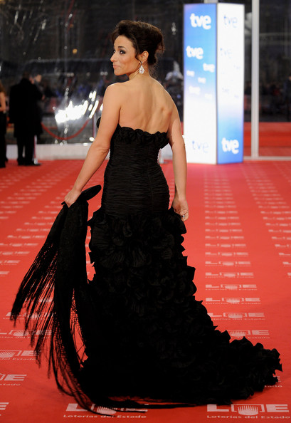 Isabel Serrano arrives to the 2011 edition of the 'Goya Cinema Awards' ceremony at Teatro Real on February 13, 2011 in Madrid, Spain.