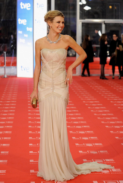 "Actress Natasha Yarovenko arrives to the 2011 edition of the ""Goya Cinema Awards"" ceremony at Teatro Real on February 13, 2011 in Madrid, Spain."