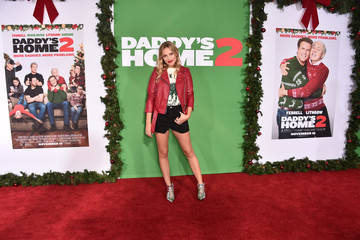 Gracie Dzienny Premiere of Paramount Pictures' 'Daddy's Home 2' - Arrivals
