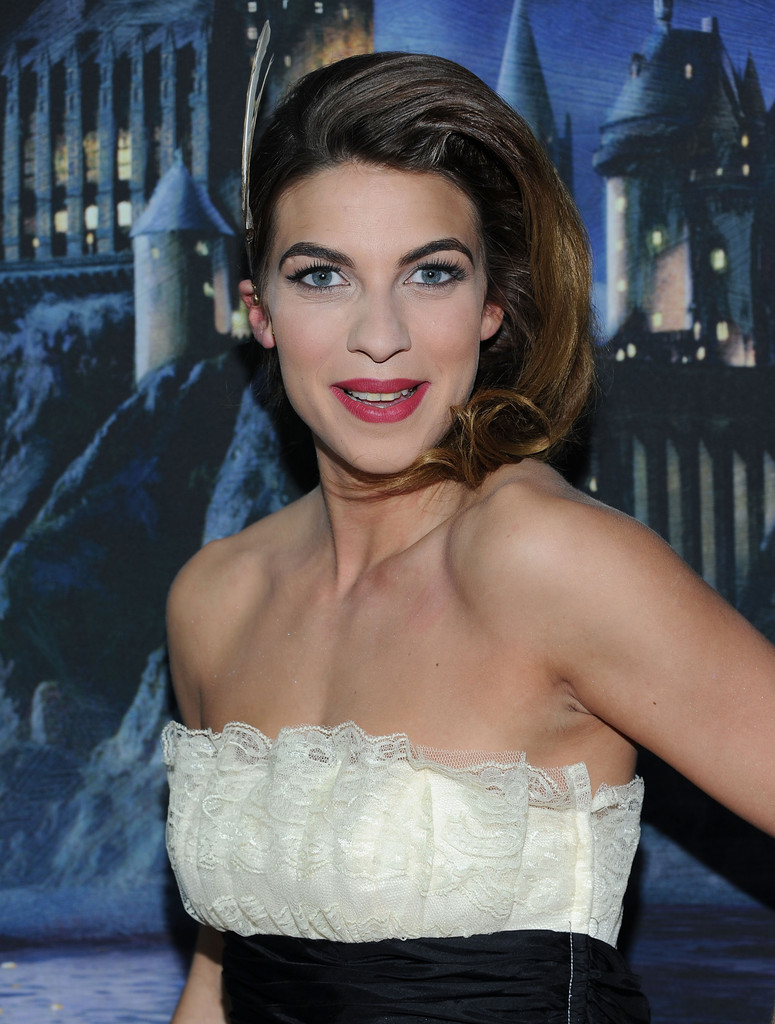 Natalia tena game of thrones s02e06 - 2 8