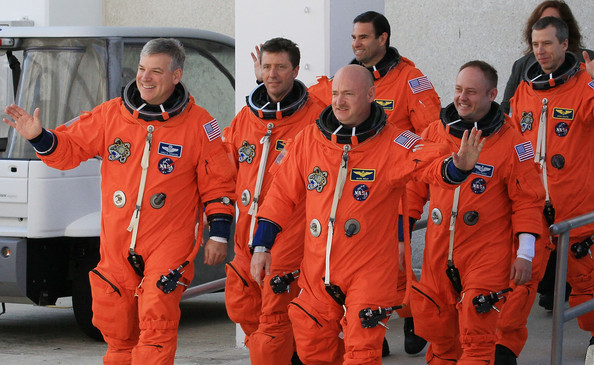 Endeavour Astronauts Take Part In Terminal Countdown Termination Test