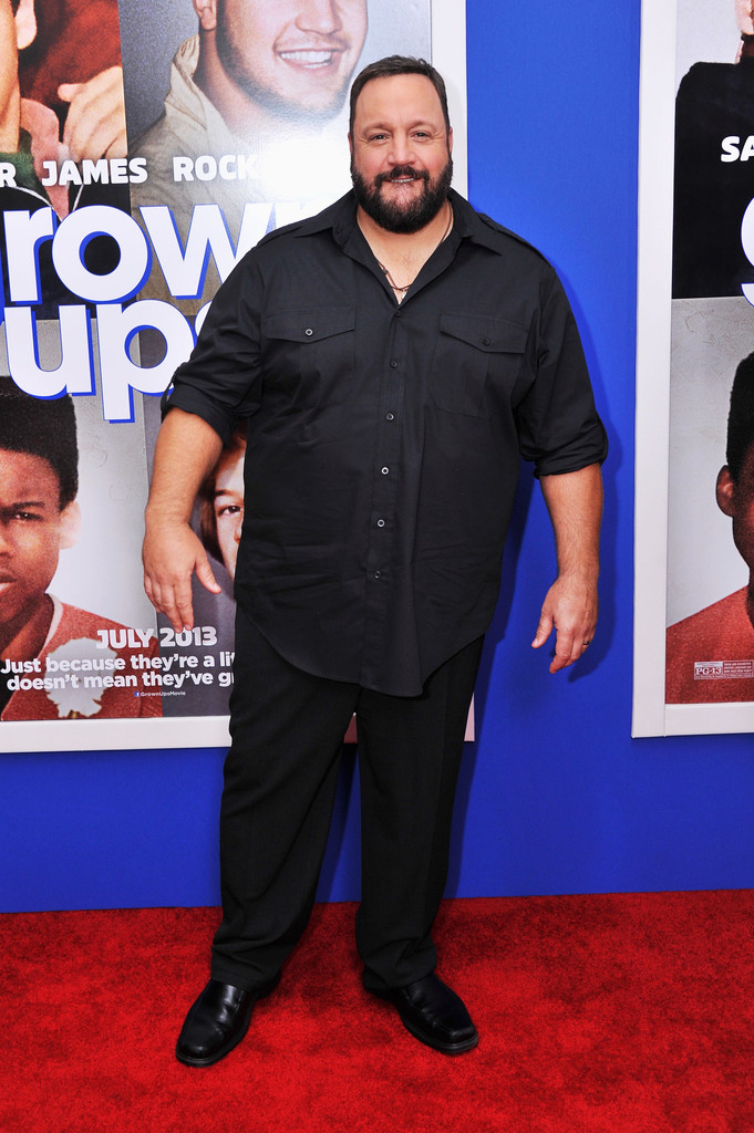 Kevin james photos photos 39 grown ups 2 39 premieres in nyc for How many kids does kevin james have