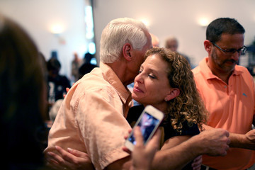 Charlie Crist Charlie Crist Campaigns in Pembrooke Pines