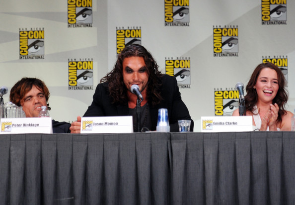 Conventions et autres sorties HBO+Game+Thrones+Panel+Comic+Con+2011+Q84CyshQMoul