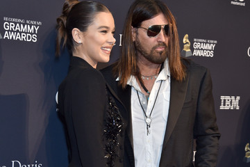 """Hailee Steinfeld Pre-GRAMMY Gala and GRAMMY Salute to Industry Icons Honoring Sean """"Diddy"""" Combs - Arrivals"""