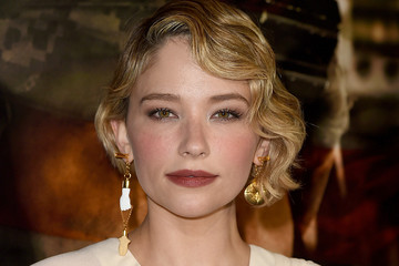 Haley Bennett Premiere of DreamWorks Pictures and Universal Pictures' 'Thank You for Your Service' - Red Carpet