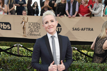 Hannah Hart The 23rd Annual Screen Actors Guild Awards - Arrivals