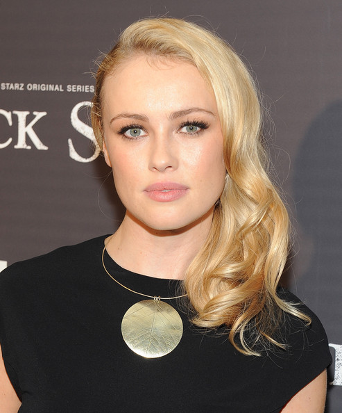 Hannah New Pictures - 'Black Sails' Premieres in Hollywood ...