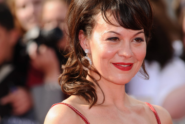 Helen McCrory in Harry Potter And The Deathly Hallows ...