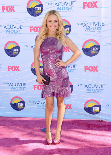Hayden Panettiere - Teen Choice Awards 2012 - Arrivals