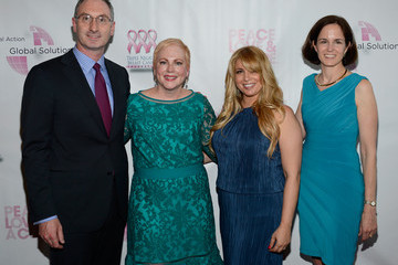 Hayley Dinerman Arrivals at the Breast Cancer Foundation Benefit