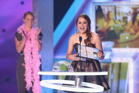 2012 Halo Awards - Show [halo awards,show,performance,talent show,event,fun,performing arts,singing,singer,music artist,competition,song,heather morris,allyson ahlstrom,halo award,hollywood palladium,california,l,nickelodeon,show]