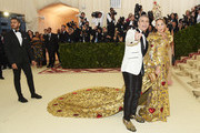 Andy Cohen and Sarah Jessica Parker attend the Heavenly Bodies: Fashion & The Catholic Imagination Costume Institute Gala at The Metropolitan Museum of Art on May 7, 2018 in New York City.