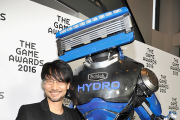 Hideo Kojima The Schick Hydrobot at the Game Awards 2016