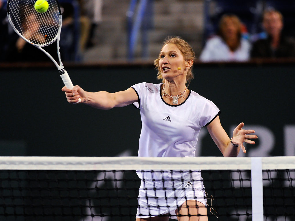 Steffi Graf s s Hit for Haiti Zimbio