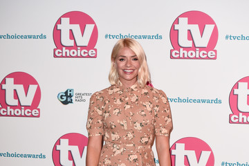 Holly Willoughby The TV Choice Awards 2019 - Red Carpet Arrivals