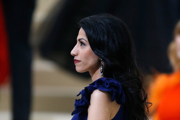 Huma Abedin 'Rei Kawakubo/Comme des Garcons: Art of the In-Between' Costume Institute Gala - Outside Arrivals