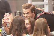 """Musician Hunter Hayes performs on NBC's """"Today"""" at the NBC's TODAY Show on August 22, 2014 in New York City."""