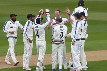 Ian Bell Warwickshire v Yorkshire - Specsavers County Championship: Division One