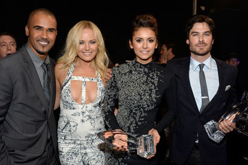 Ian Somerhalder Nina Dobrev Backstage and Audience at the People's Choice Awards