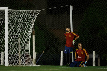 Iker Casillas Victor Valdes Spain Training and Press Conference