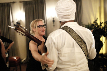 India.Arie The Dinner For Equality Co-Hosted By Patricia Arquette And Marc Benioff