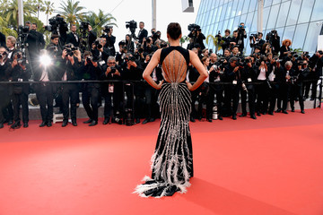 Irina Shayk 'The Unknown Girl (La Fille Inconnue)' - Red Carpet Arrivals - The 69th Annual Cannes Film Festival