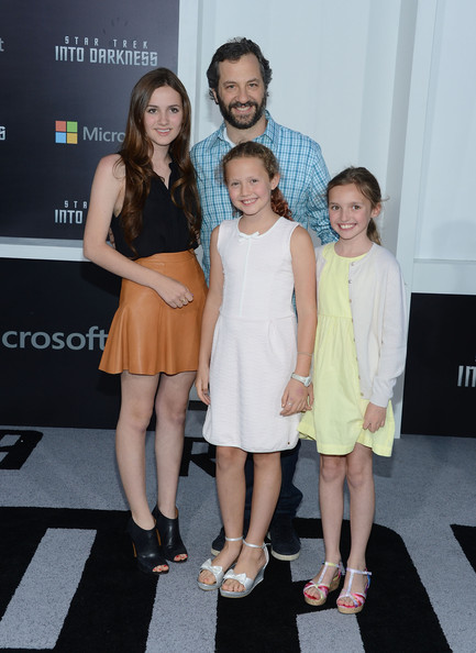 Iris Apatow Director Judd Apatow with daughters Iris Apatow  Maude    Iris Apatow 2013