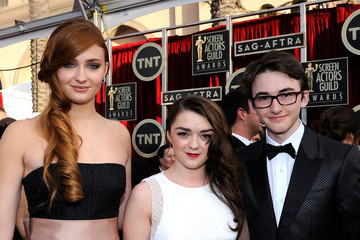 Isaac Hempstead Wright Maisie Williams 20th Annual Screen Actors Guild Awards - Red Carpet