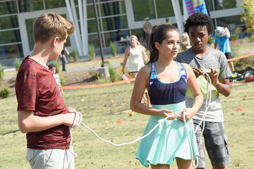 """Isabela Moner Jaheem Toombs Nickelodeon's """"100 Things To Do Before High School"""" and the Nashville Predators Get Kids Up and Active"""