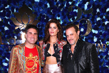 Isabeli Fontana What Goes Around Comes Around 25th Anniversary Celebration At The Versace Mansion With A Retrospective Tribute To Gianni Versace