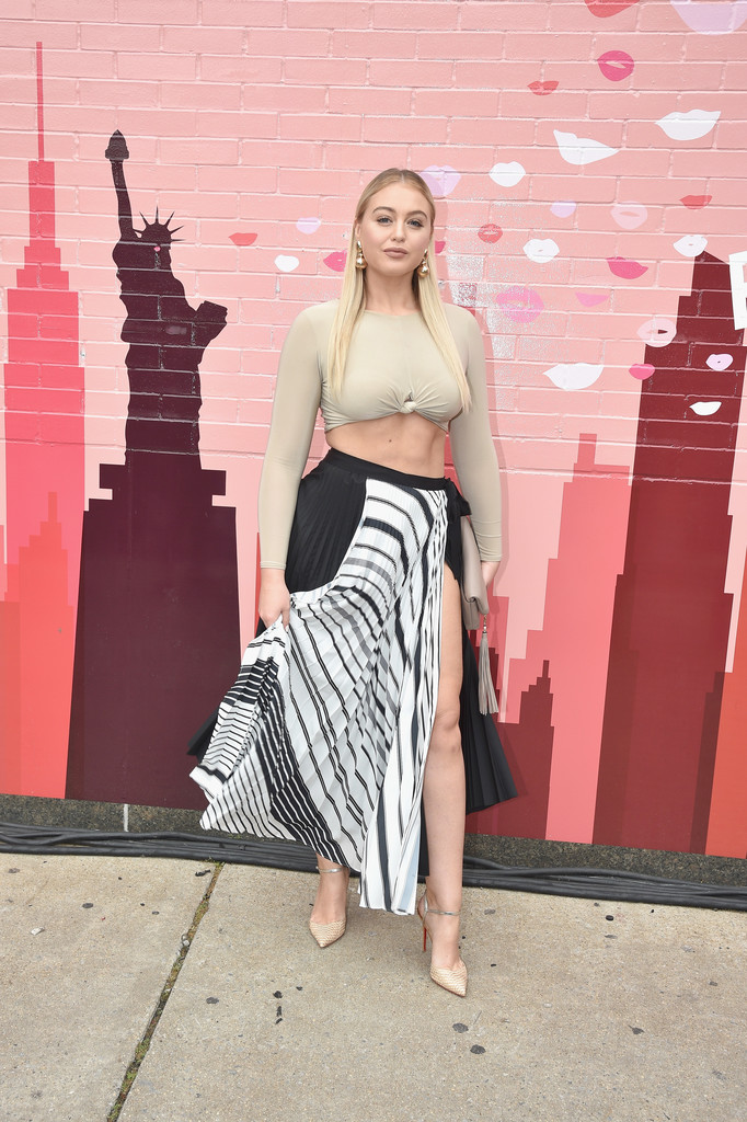 Iskra+Lawrence+IMG+NYFW+Shows+2018+PARTNERS+Bxw8P88nywux.jpg